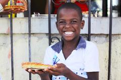 キューバのピザは美味いぜイェーイ!!